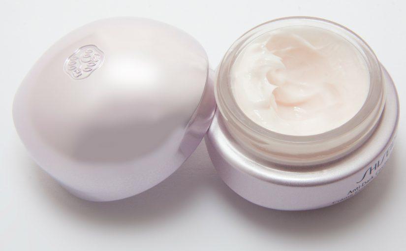 Jakie kosmetyki do ciała z CBD warto mieć?